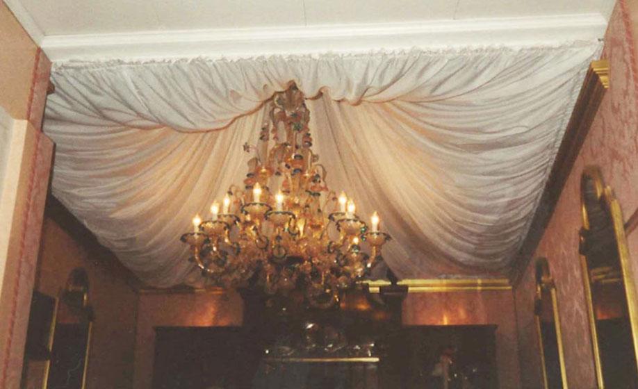 Drappeggi e tende modellazione il portale for Tende per finestre a soffitto