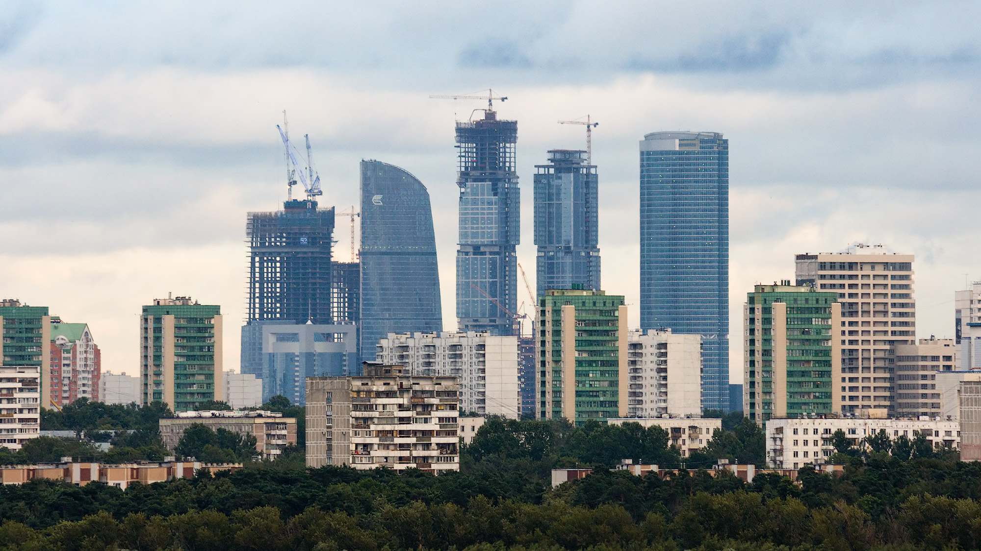 Moscow_City_landscape_july_2008.jpg